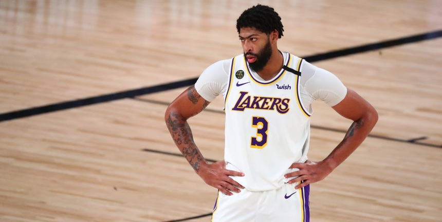 Anthony Davis re-signs with Lakers on 5-year, $190 million deal
