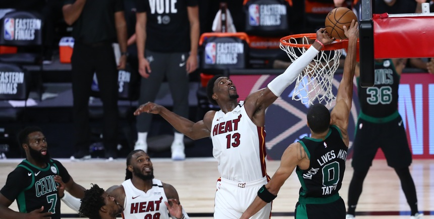 Heat defeat Celtics in Game 1 of ECF