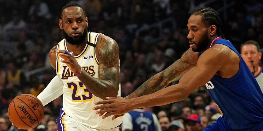 The world was waiting for a Lakers-Clippers showdown