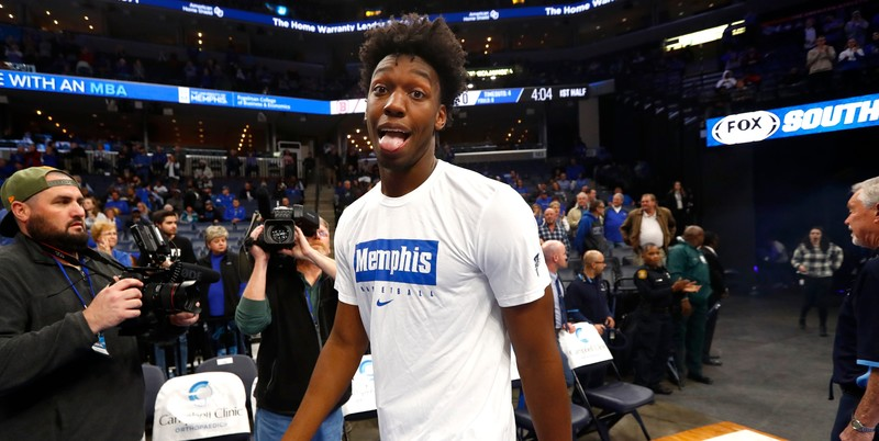Behind-the-scenes look at James Wiseman's game, potential